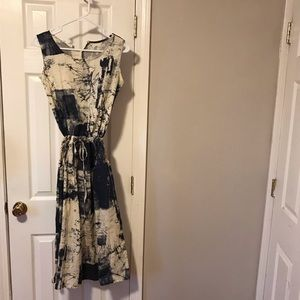 Dresses & Skirts - Blue and off white patterned dress